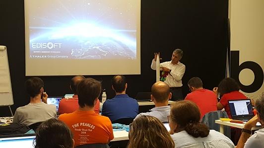 Eng. Ricardo Conde, da Edisoft, explica todo o processo de lançamento e comunicações de satélites